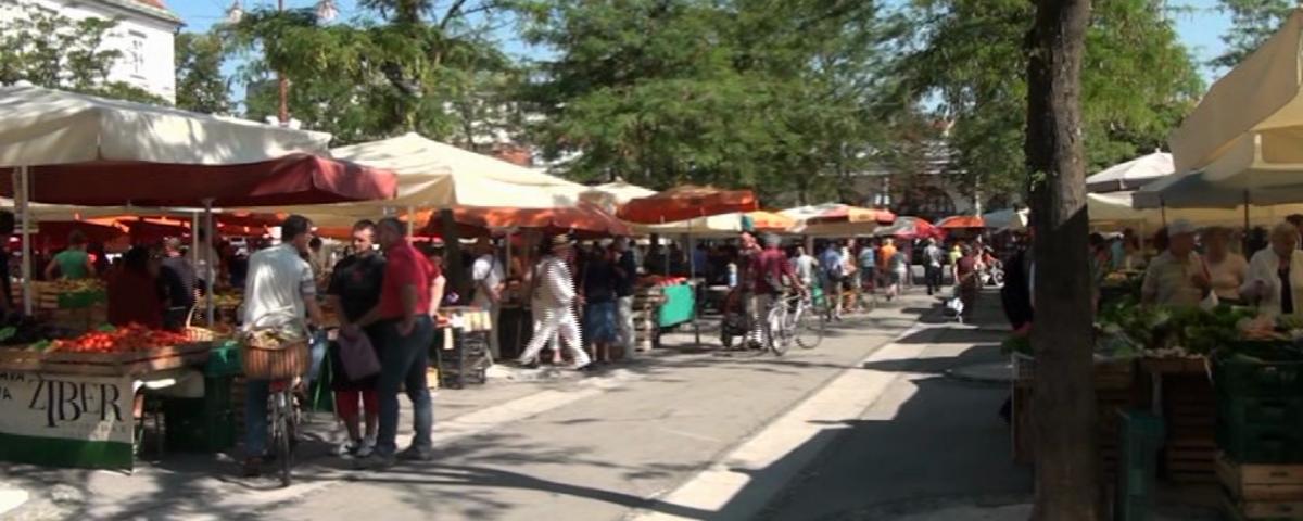 Pogled na tržnico v Ljubljani