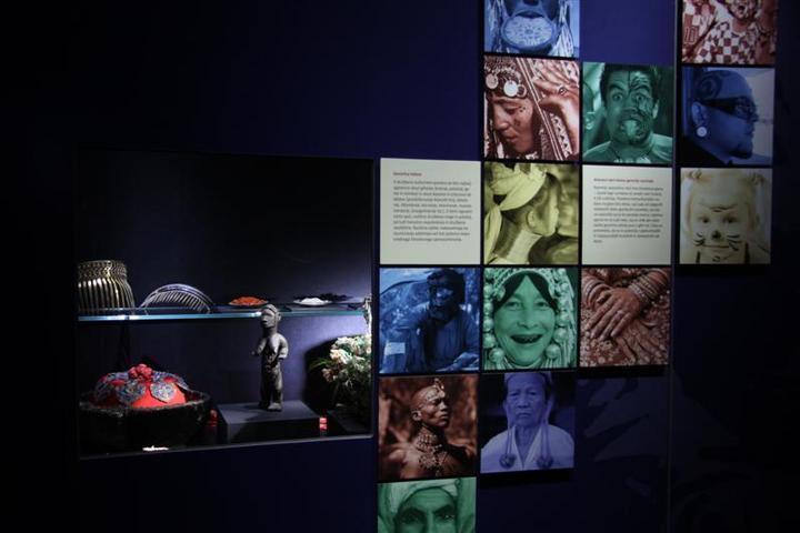 Muzejska postavitev na razdelku Jaz - posameznik