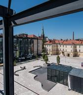Pogled na Slovenski etnografski muzej iz Narodnega muzeja na Metelkovi